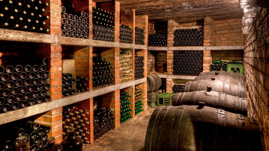wine-cellar-design-in-grouping-design-945x532
