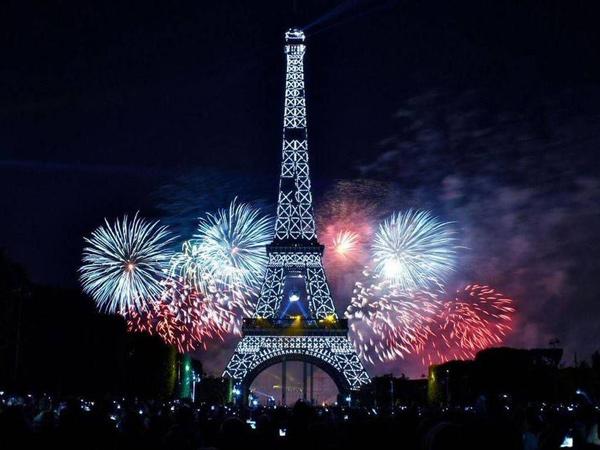 Ano-Nuevo-en-París
