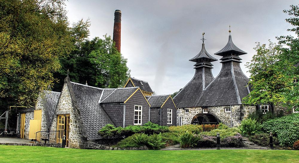Una visita al mundo del whisky escocés
