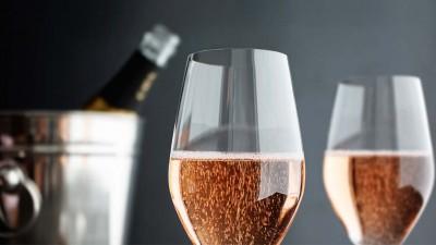 El vino, ¿en copas de cristal o vidrio?