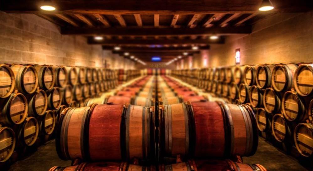 El roble deja de ser protagonista en los vinos