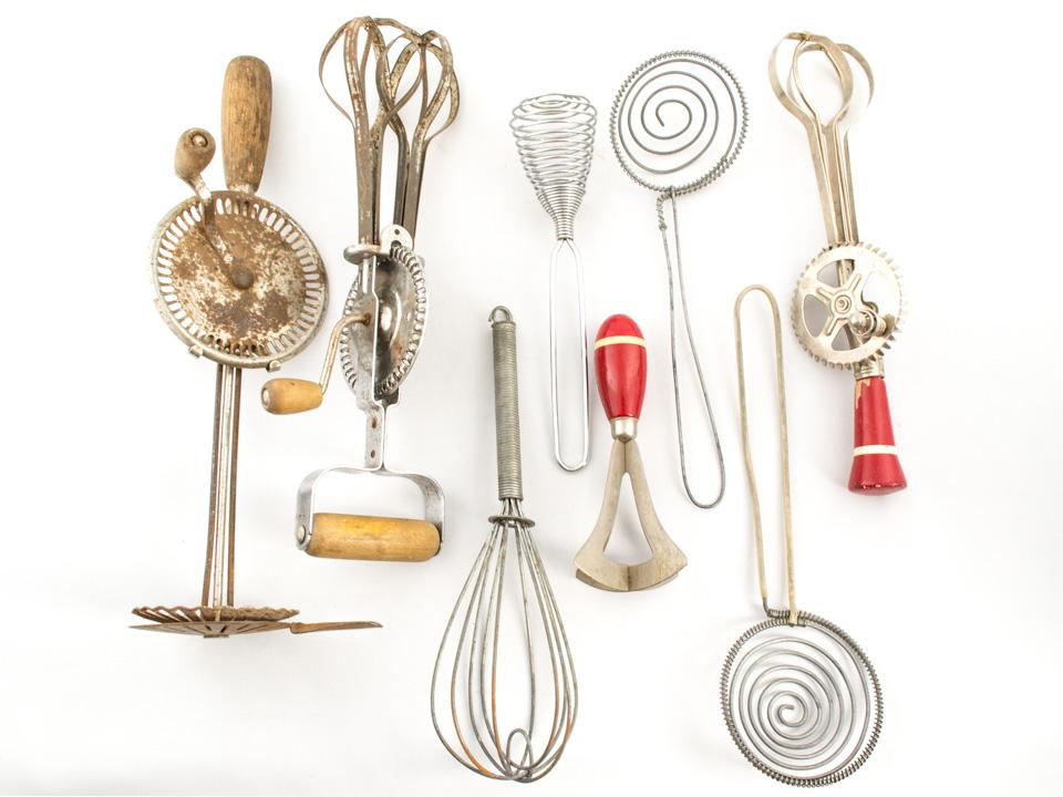 Del plato a la boca una expo sobre los instrumentos de for Maquina que cocina