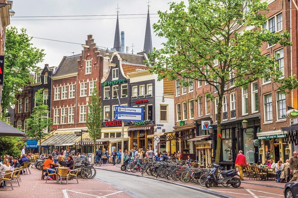 Ámsterdam, ciudad de islas, tulipanes y legado artístico