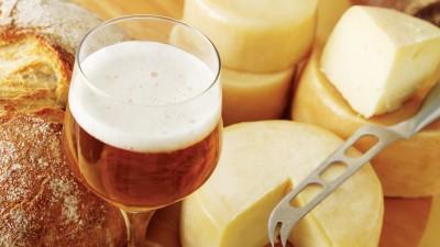 Cerveza y quesos, el maridaje idílico