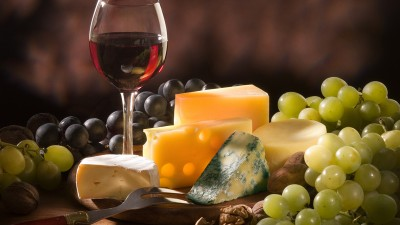 6 vinos para acompañar con quesos