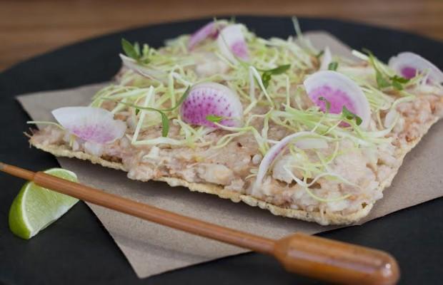 tostada-pozole-seco-620x400