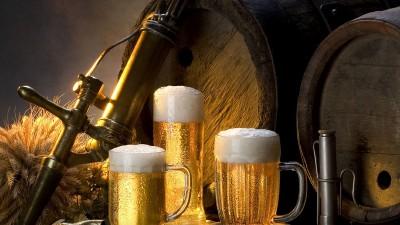 La cerveza y el hombre