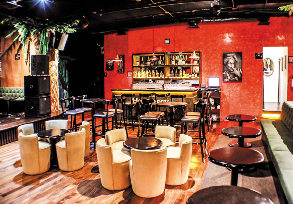 5.-Bar-Mojito-Room