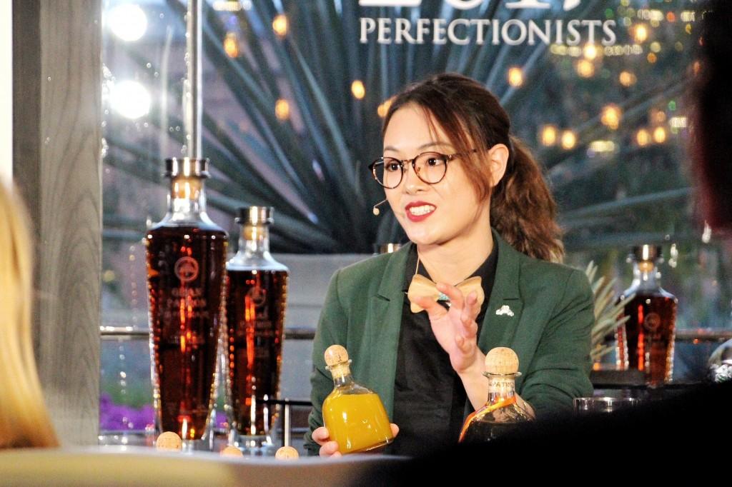 Li Tong de China, la campeona de 2017 Patrón Perfectionists Cocktail Competition