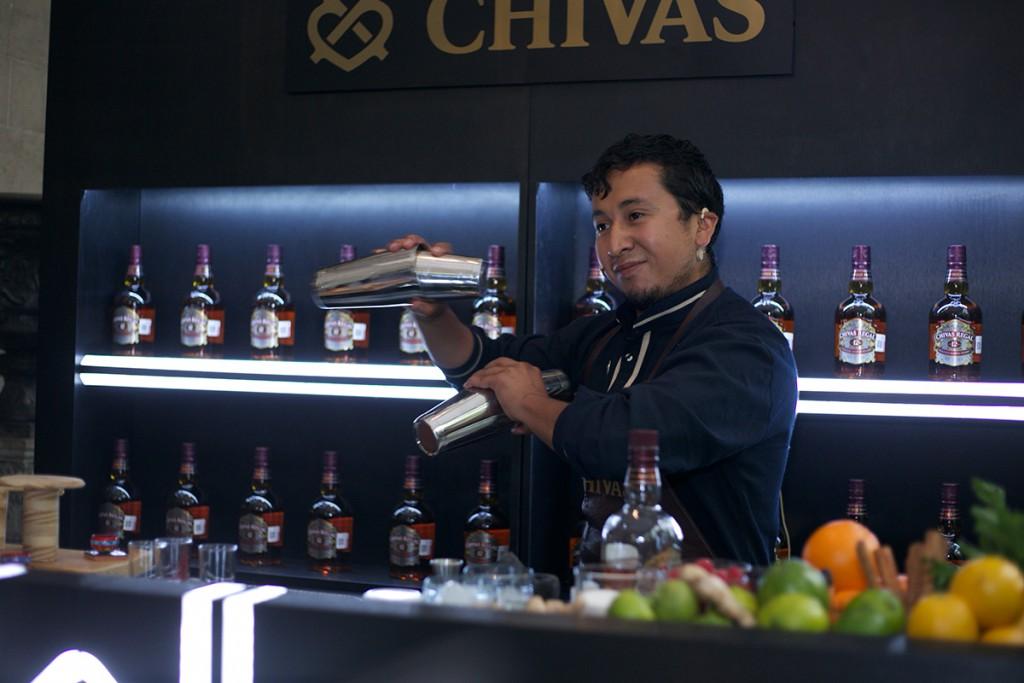 Conoce al finalista del concurso de coctelería Chivas Masters