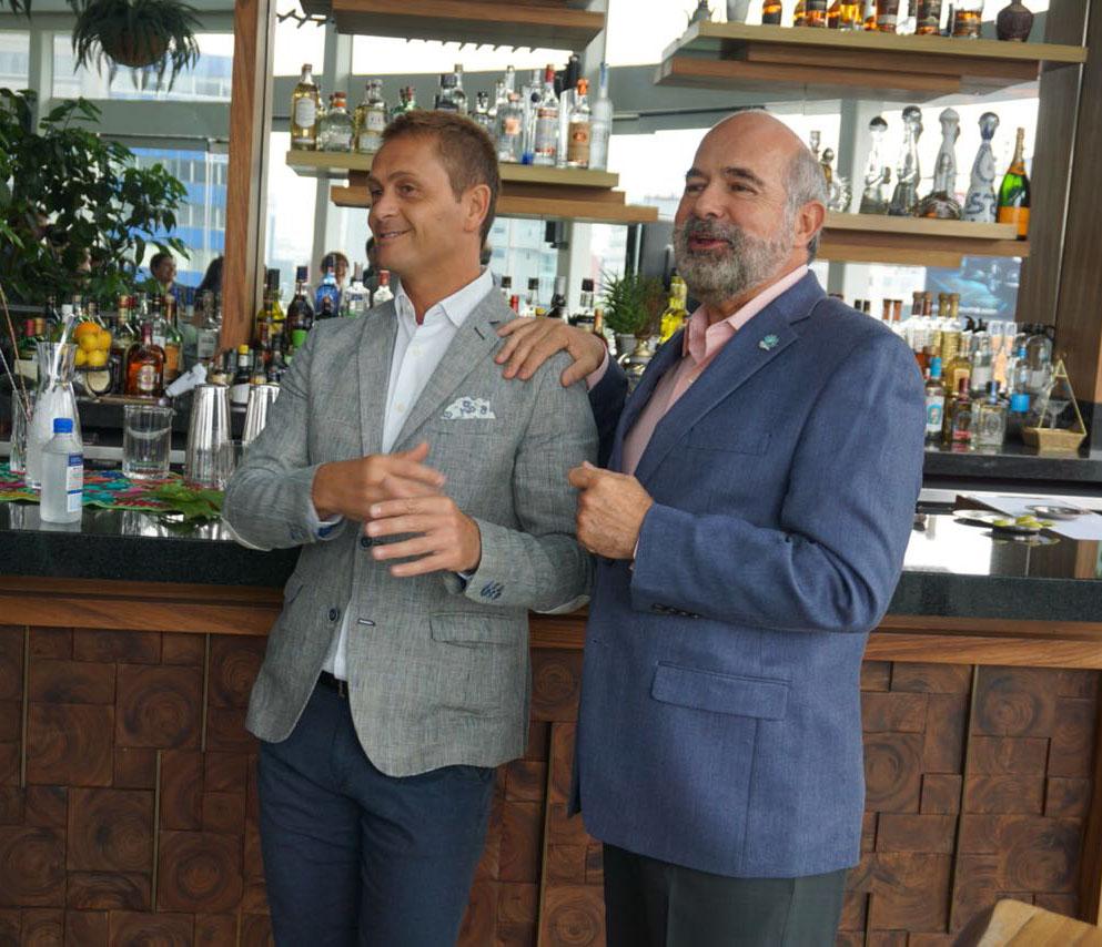King Cole Bar celebra su aniversario con la compañía de David Ríos y Enrique de Colsa