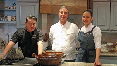 El chef Katsuji Tanabe toma por una noche la cocina del hotel Belmond Casa de Sierra Nevada