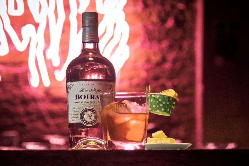 Ladina Bar, la experiencia de preparar tus propias bebidas