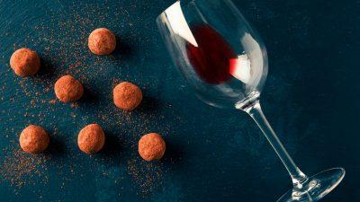 ¿Cómo maridar vino con chocolate?