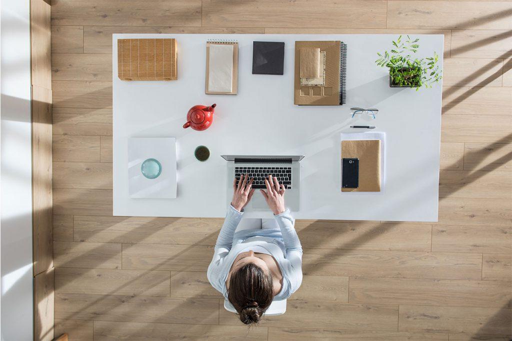 Cómo acabar tu jornada de home office