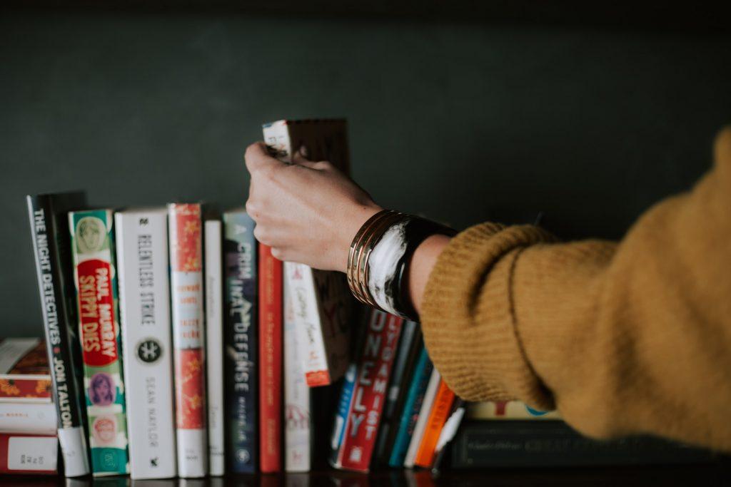Cinco libros que cambiarán tu cuarentena 🤓 ¡Resiste un poco más!