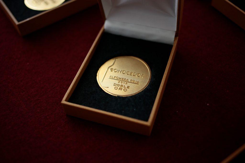 ALFOMBRA ROJA 2019 🍷 Best Quality, ganadores Doble Oro