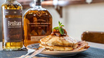Imperdibles de otoño: hot cakes y egg sándwich con calabaza… ¡y whisky! 😏 🍂