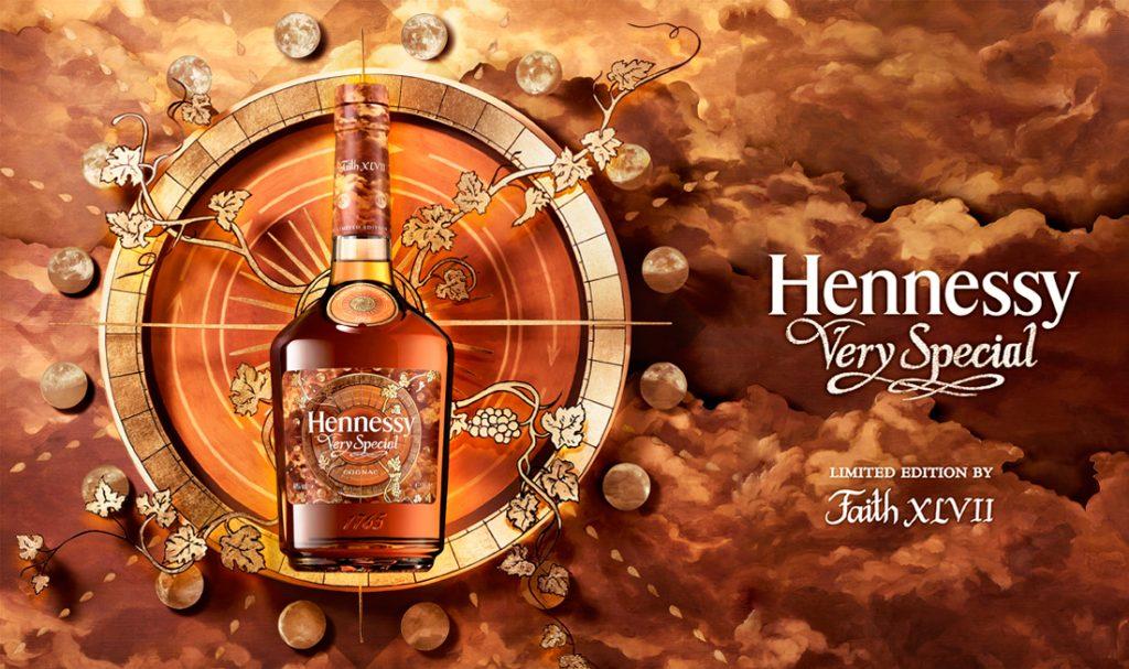 La artista Faith XLVII interviene edición limitada de Hennessy Very Special