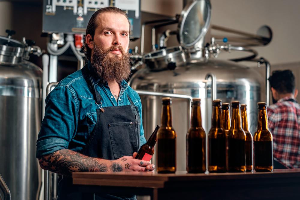 Productores y consumidores podrían pagar menos por cervezas artesanales y vinos