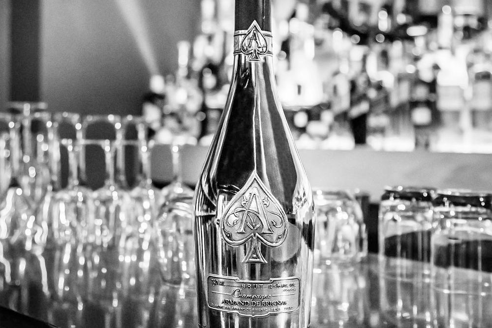 LVMH compra el 50% de la marca de champagne del rapero Jay-Z