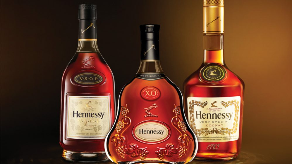 Hennessy celebra a un papá extraordinario, ¡con etiquetas igual de extraordinarias!