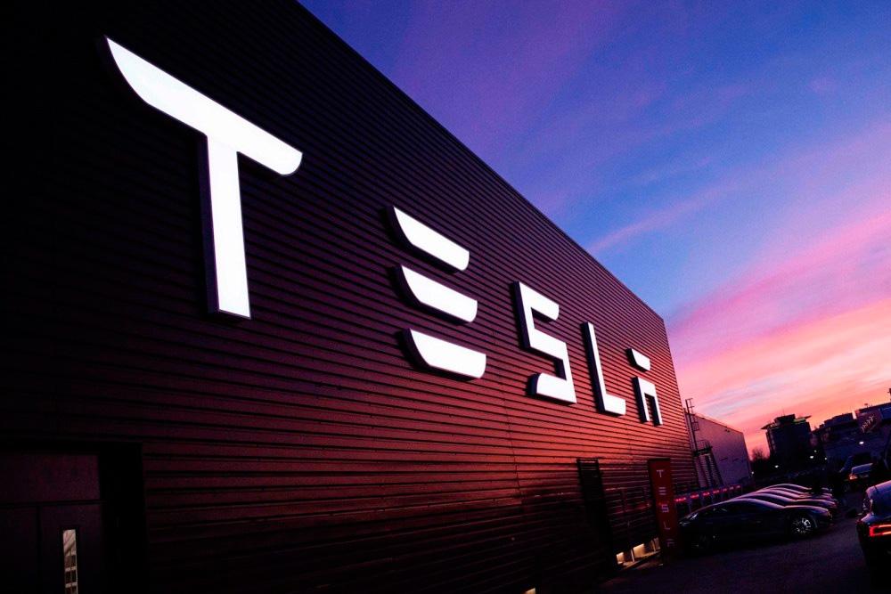 ¿Elon Musk abrirá un restaurante Tesla?