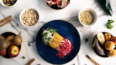 Arango, cocina de raíces abre su temporada de chiles en nogada