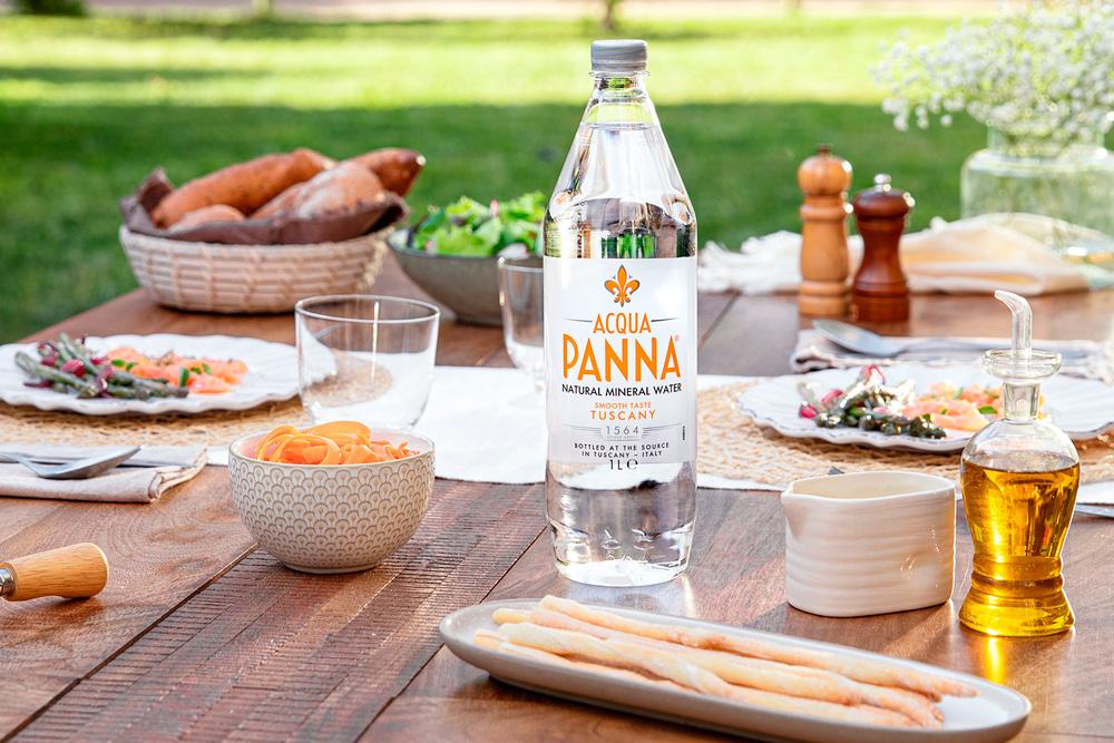 Acqua Panna presenta su envase 100% reciclado