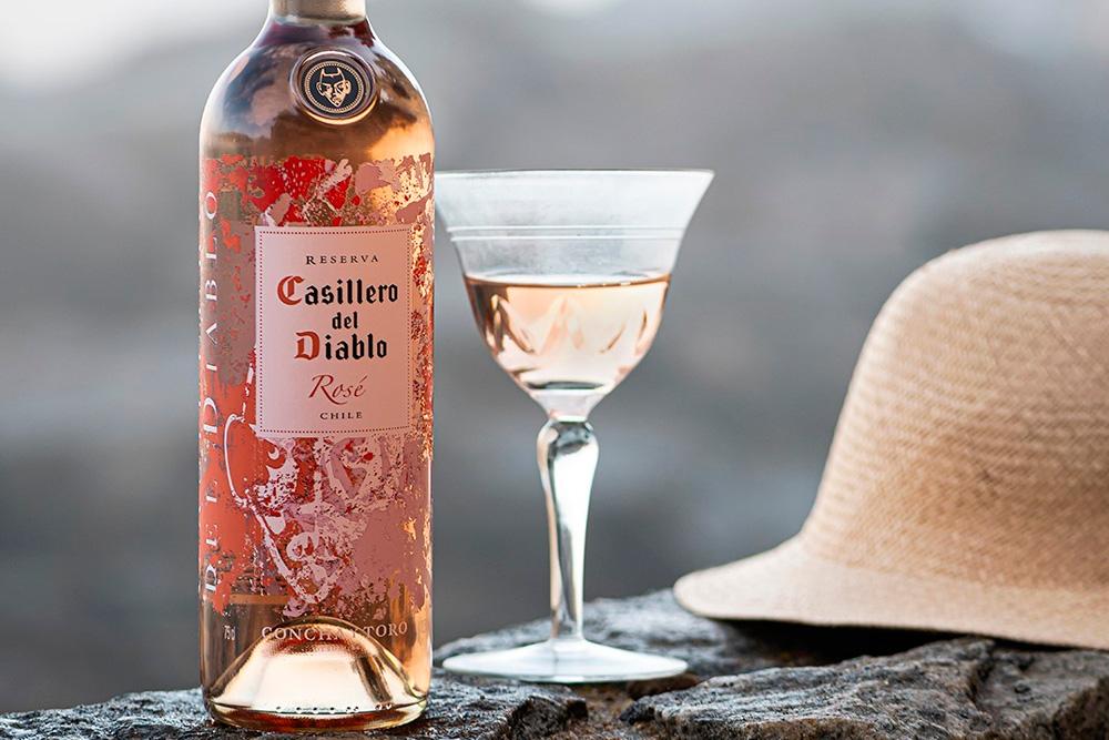 Casillero del Diablo nos comparte 4 razones para celebrar el día del vino chileno